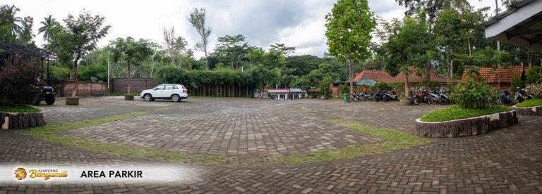 Area Parkir Selatan